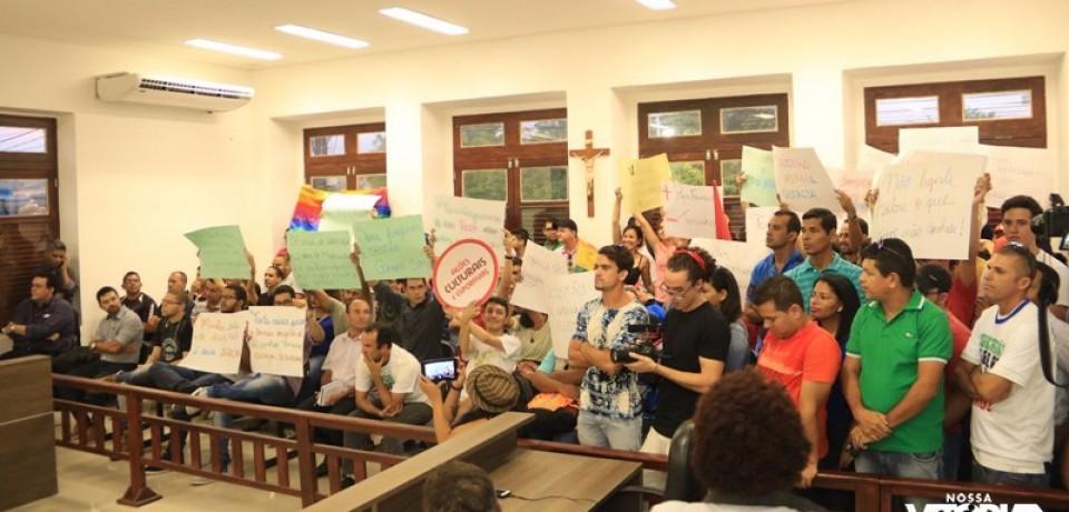 Câmara de Vitória arquiva projeto que proibia inserção de Ideologia de Gênero em escolas
