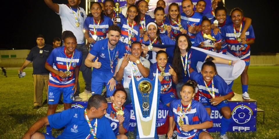 Vitória é Heptacampeão de Futebol Feminino