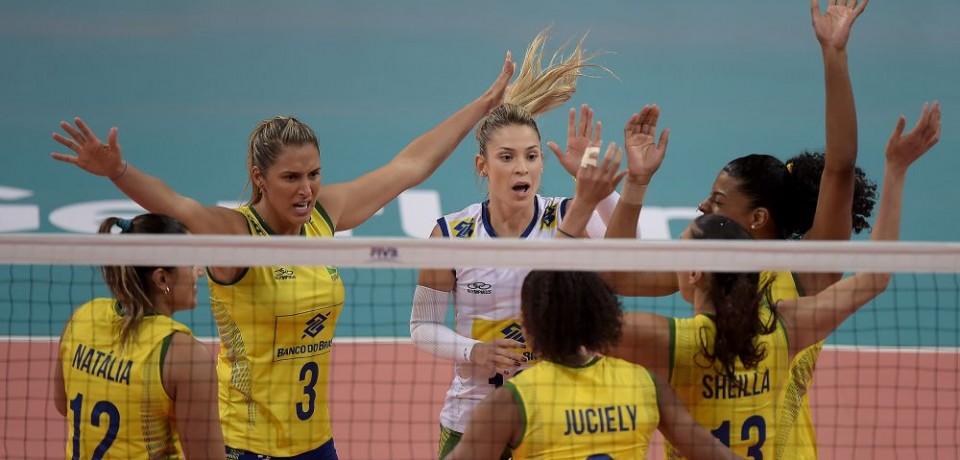 Brasil supera Sérvia e termina invicto a primeira etapa do Grand Prix