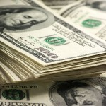 Dólar segue em queda nesta terça-feira