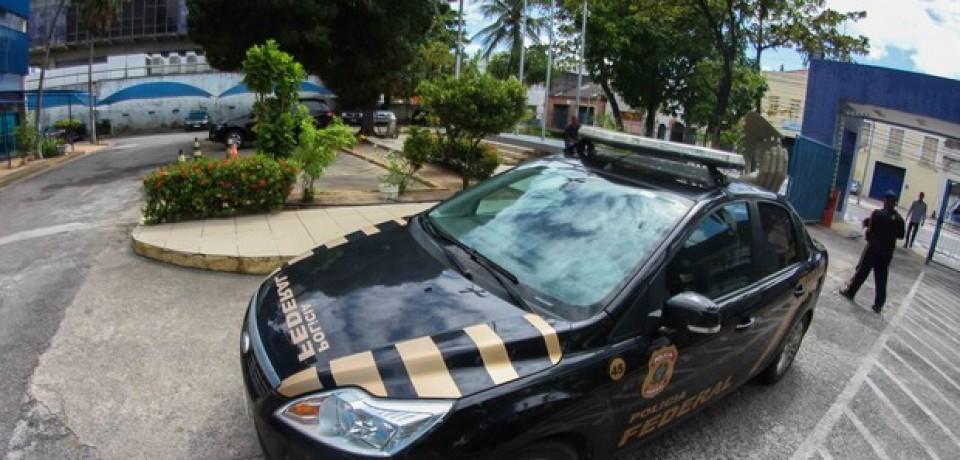 PF prende vereador e gerente de agência do INSS suspeitos de fraude