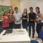 Estudantes criam sabão repelente para evitar inseticidas em pomares