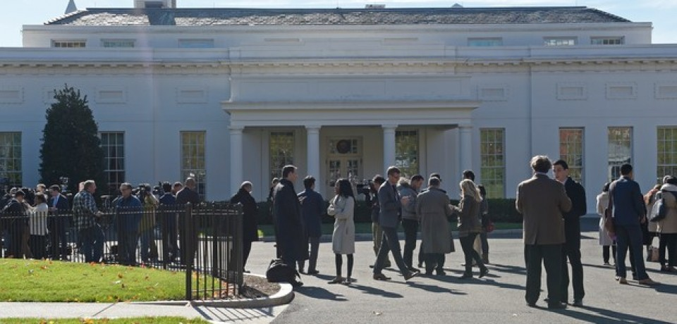 Obama e Trump se reúnem na Casa Branca para discutir transição