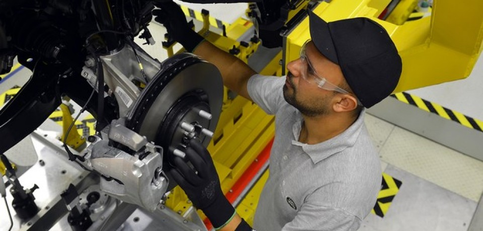 Produção de veículos no Brasil cai 15,1% em outubro, diz Anfavea